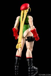 Figurine de Cammy (Street Fighter V)