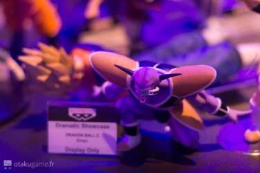 Stand Namco Bandai Figurines Dragon Ball