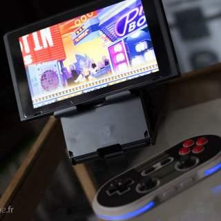 Le PlayStand de Hori est une solution très confortable pour jouer à la Switch à l'extérieur !