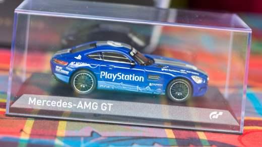 Miniature Mercedes AMG GT de Gran Turismo Sport Collector