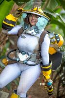Cosplay de Mei (Bee)