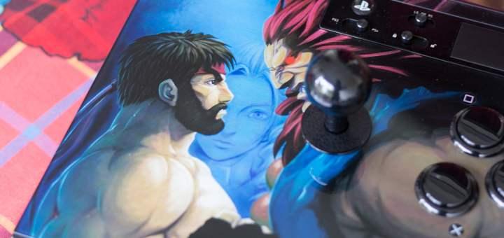 Ryu et Akuma sur le Stick Arcade Razer Panthera édition Street Fighter V