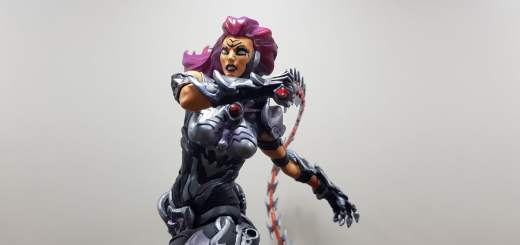 La figurine de Fury dans Darksiders III édition collector