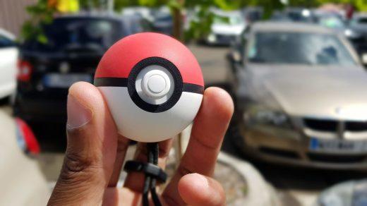 Franchement, je l'emmène partout avec moi en Martinique cette Poké Ball Plus ^^ !