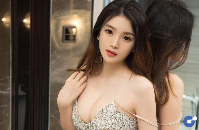 Giải tỏa căng thẳng với bộ ảnh mới nhất của thánh nữ nội y Mina