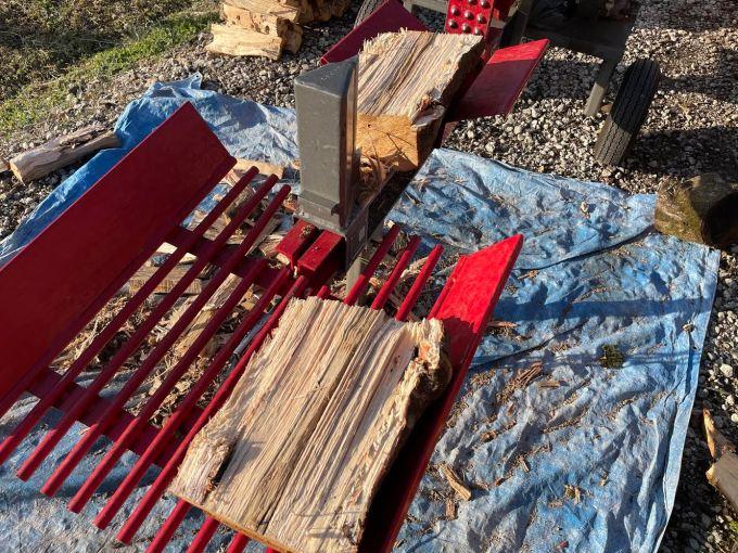 【薪割り】先日回収したカシを割る