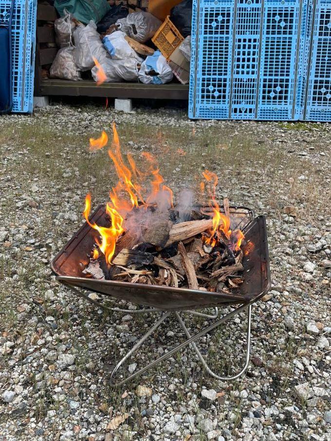 【焚き火】木くずで焚き火