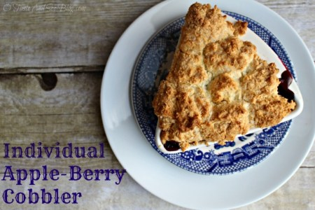 individual apple berry cobbler