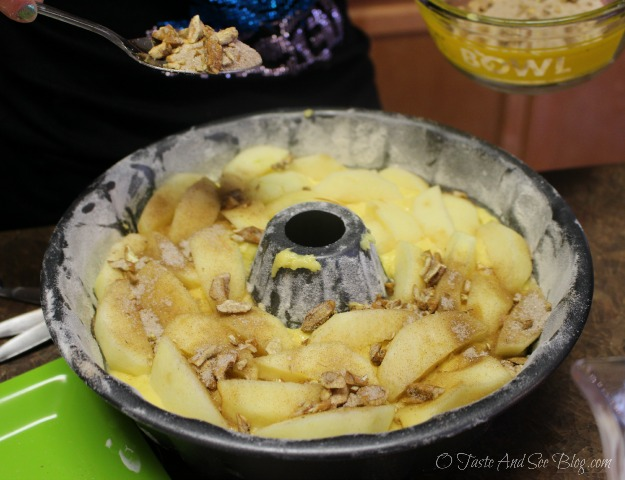 apple bundt cake 045