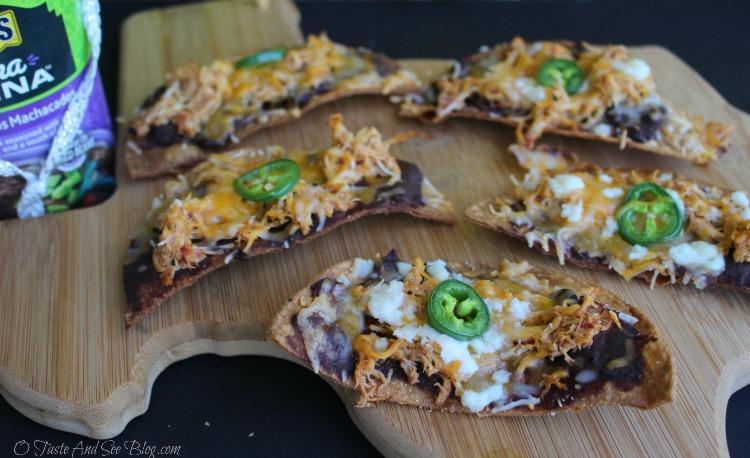 Texas Black Bean Nachos #CocinaLatinaBeans #ad