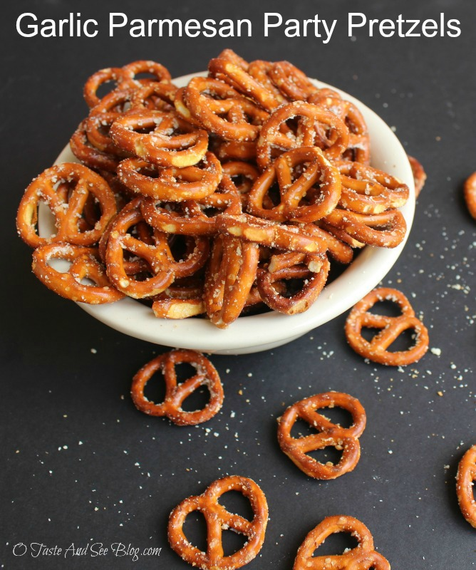 garlic-parmesan-party-pretzels