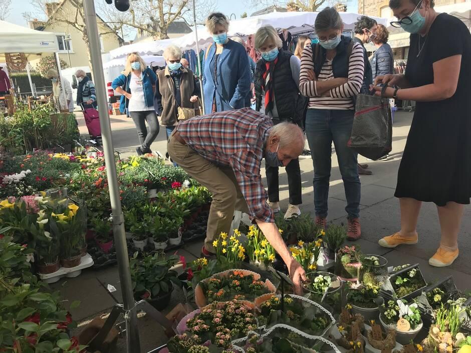 Le plus beau marché de Bretagne est peut-être à Dinard