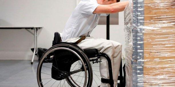 le gouvernement renonce a une reforme sur l epargne des handicapes