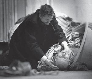 Первый спектакль Камы Гинкаса в Финляндии — «Театр сторожа Никиты» (1989)