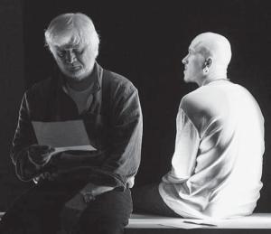 Дмитрий Брусникин и Антон Кузнецов в документальном спектакле Казимира Лиске «Black & Simpson», театр «Практика», 2015