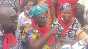 Photo of Kejetia: Chaos, wailing and curses as RCC ejects traders from Kumasi central market