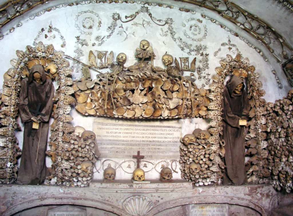Spooky places to visit in Italy: the Capuchin Crypt, Rome