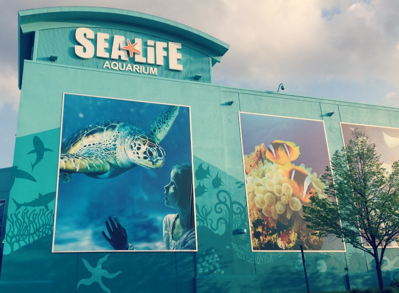SEALIFE Michigan Aquarium Auburn Hills Exterior