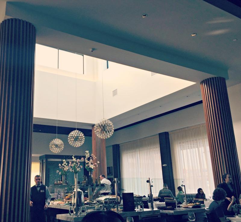 FogodeChao-Naperville-Atrium-SaladBar