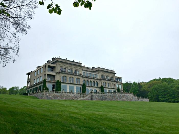 Walking Lake Geneva's Historic Lake Shore Path.