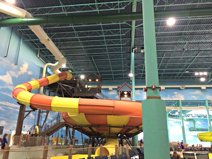 How to have an awesome time at Great Wolf Lodge Illinois (without staying overnight!) We checked out all the dry activities and had a blast.