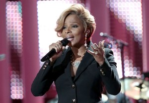 140123-mary-j-blige-hmed-1148p.photoblog600