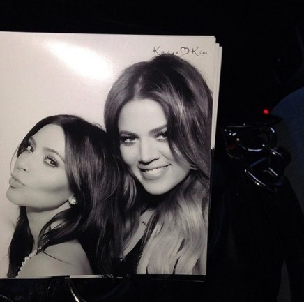 kimand khloe photobooth