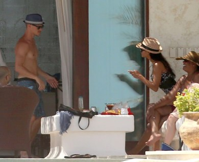 naya-rivera-ryan-dorsey-wedding-bikini-ffn-8