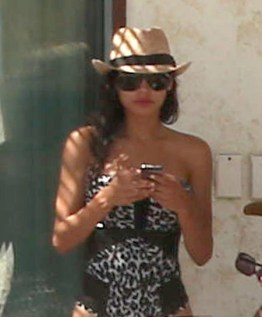 naya-rivera-ryan-dorsey-wedding-bikini-ffn-9