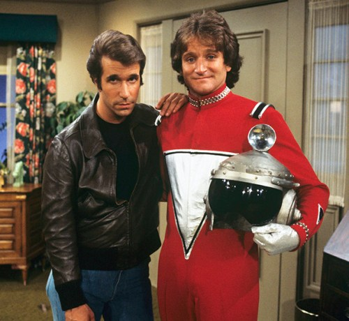 ROBIN WILLIAMS AS MORK WITH HENRY WINKLER _OTHER SIDE OF THE FAME