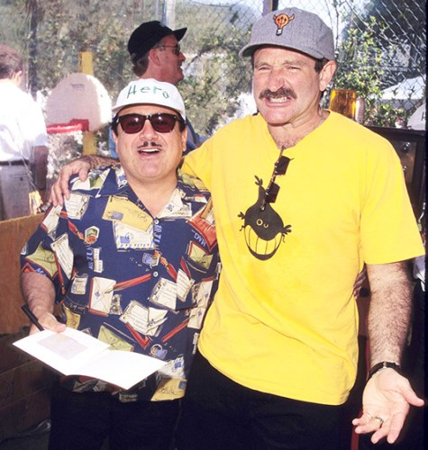 ROBIN WILLIAMS WITH DANNY DAVITO _other side of the fame
