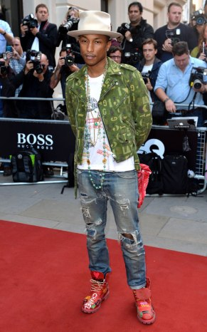 pharrell-gq BRIT AWARDS_SEPT 2 RIPPED JEANS_OTHER SIDE OF THE FAME