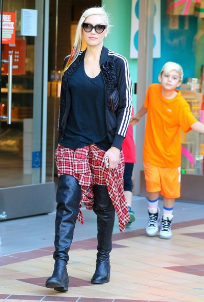 Gwen Stefani with her boys4