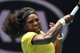Serena hitting