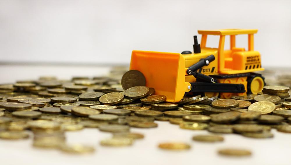 gold-tractor-farmer