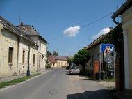 Einfahrt zum C'platz in Gyula.