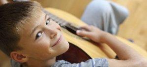Los beneficios de la música para los niños | Iniciación musical infantil de niños y bebés en la música