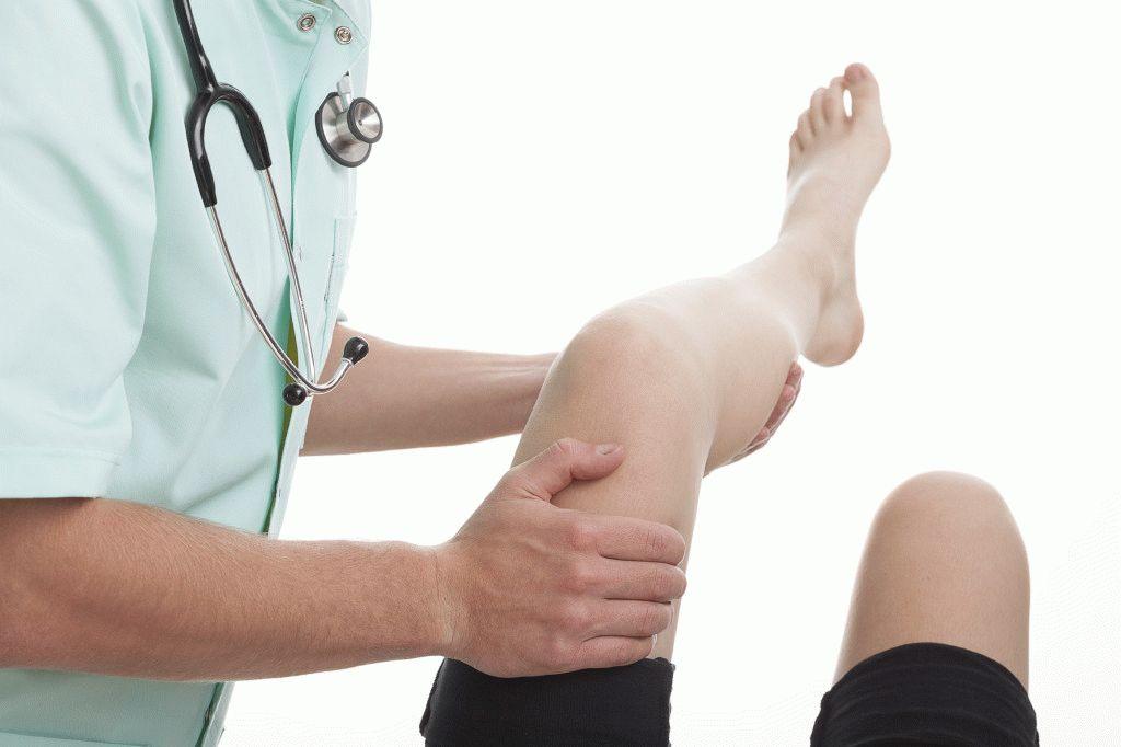 Что делать если у ребенка болит нога в бедре при ходьбе причины лечение и народные средства