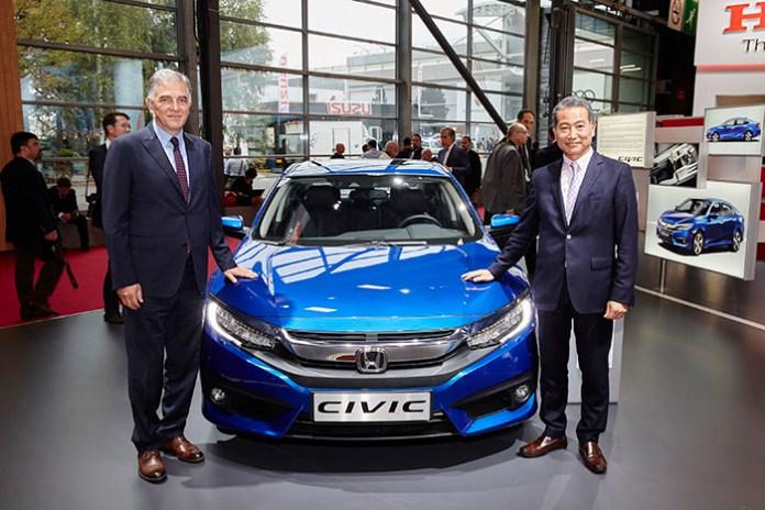 Honda Türkiye Başkanı Hideto Yamasaki ve Başkan Yardımcısı İsmail Sümer.