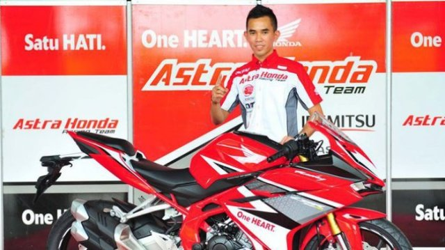 pembalap-astra-honda-racing-team-gerry-salim_20170315_171038