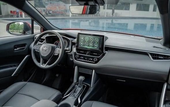 Toyota Corolla Cross gia bao nhieu otobinhthuanvn