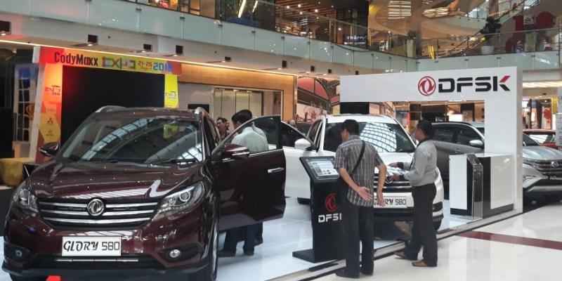 DFSK Glory 580 Bikin Penasaran Masyarakat Surabaya