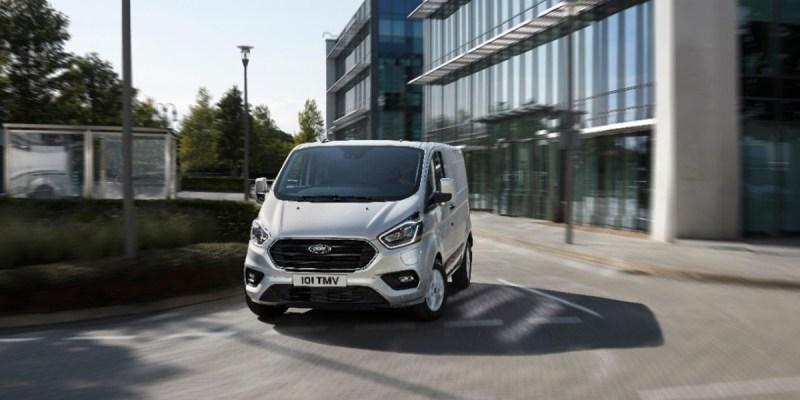 Ford Transit Custom PHEV, Solusi Irit Berbisnis