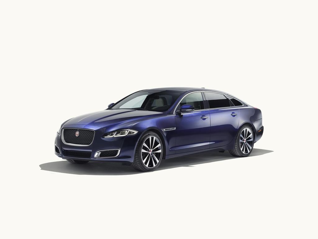Jaguar XJ Rayakan 50 Tahun, Napak Tilas ke Paris