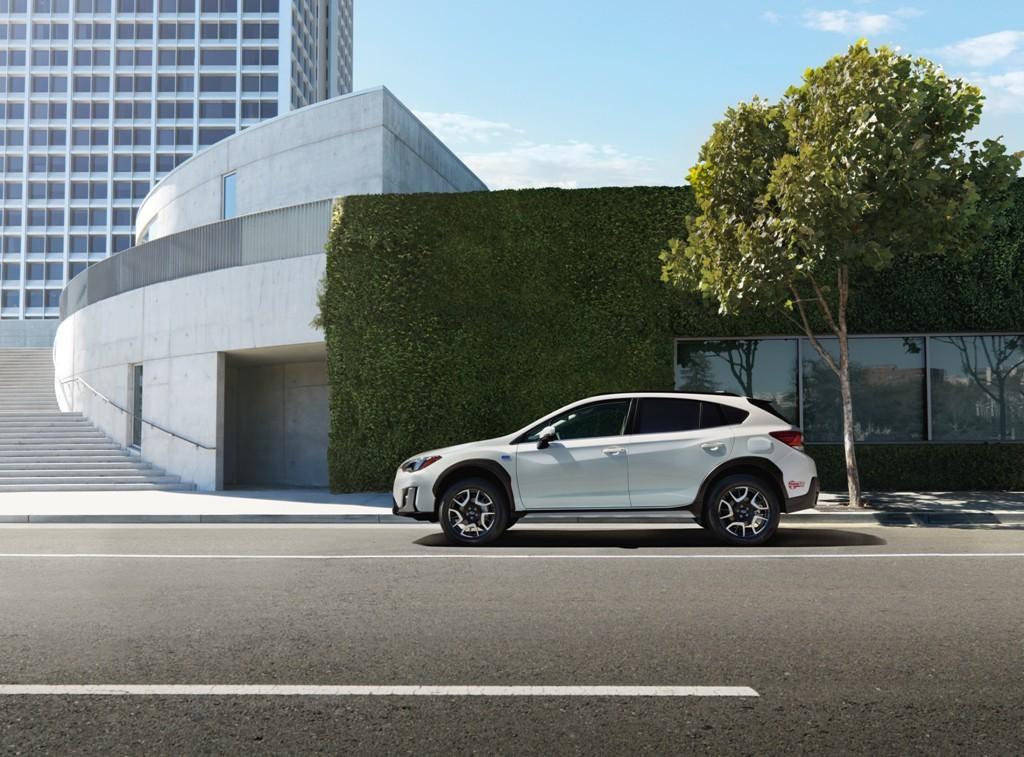Subaru akan Pamer SUV Hybrid Pertama di Los Angeles