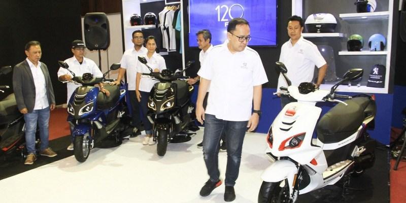 Pertahankan Eksistensi, Peugeot Scooters Hadir di IMOS 2018