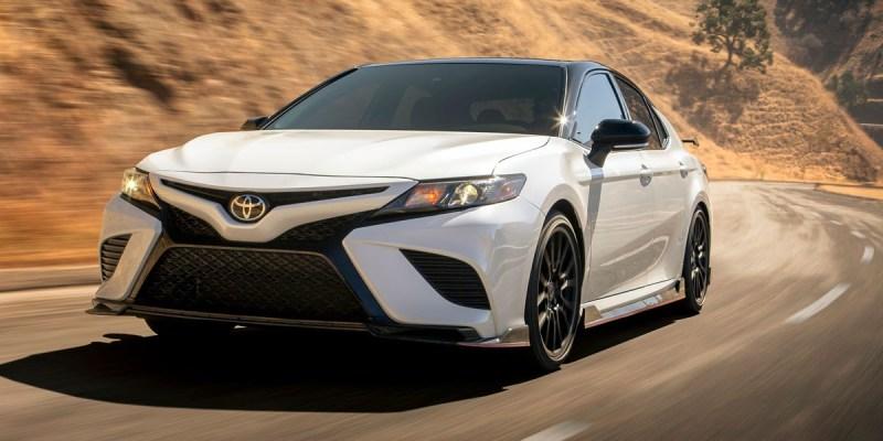 Toyota Camry TRD, Tampil Sedikit Buas!