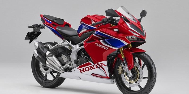 Honda CBR 250RR Warna Barunya, Galak!