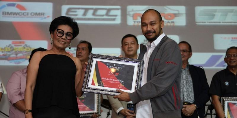 Honda Konsisten di Dunia Balap, Sukses Raih Penghargaan