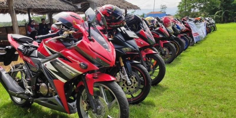 CBR Club Indonesia Rasakan Total Control Touring Menuju Purwakarta